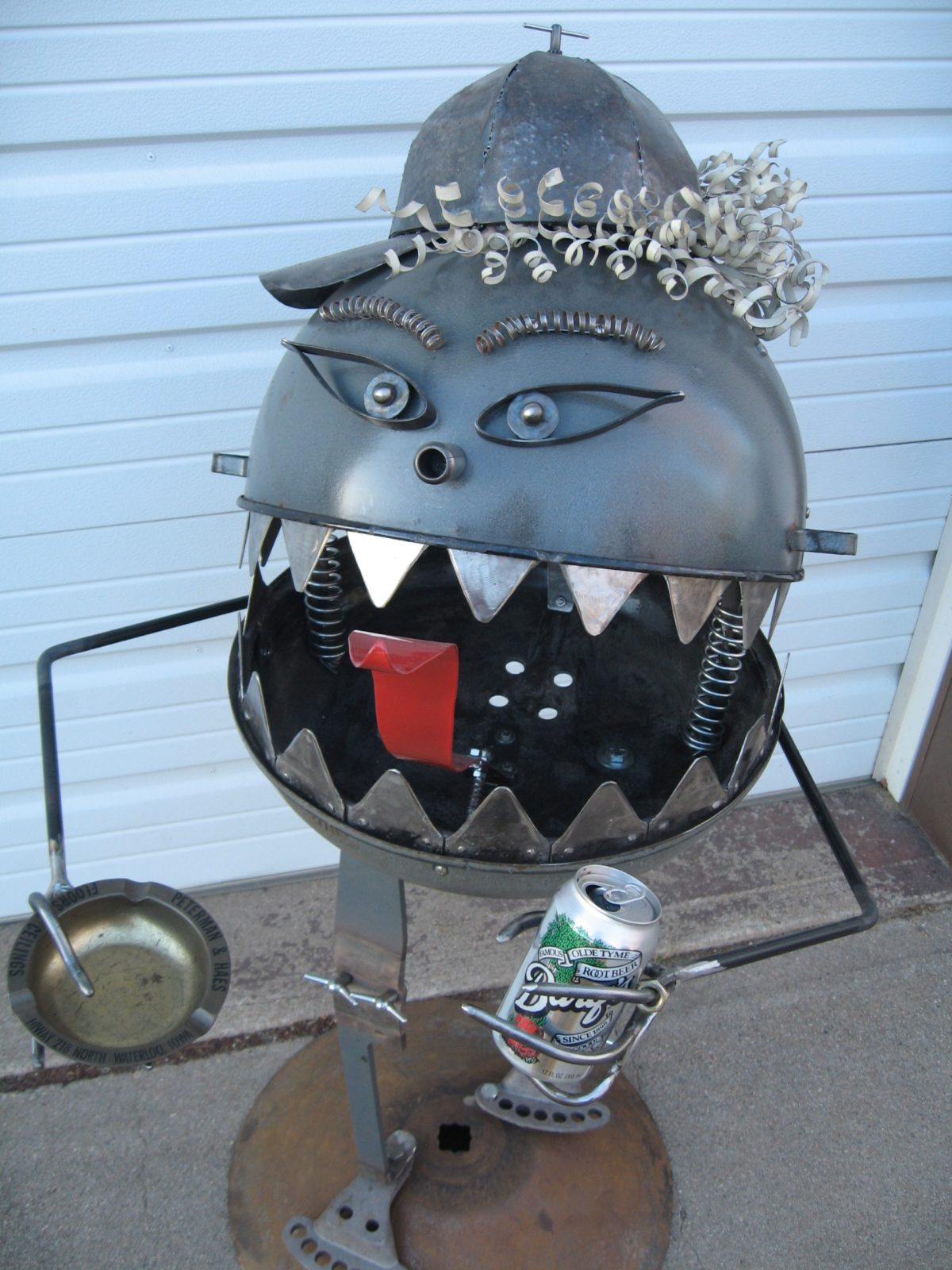 Micky Grilly, The Grill Monster metal sculpture
