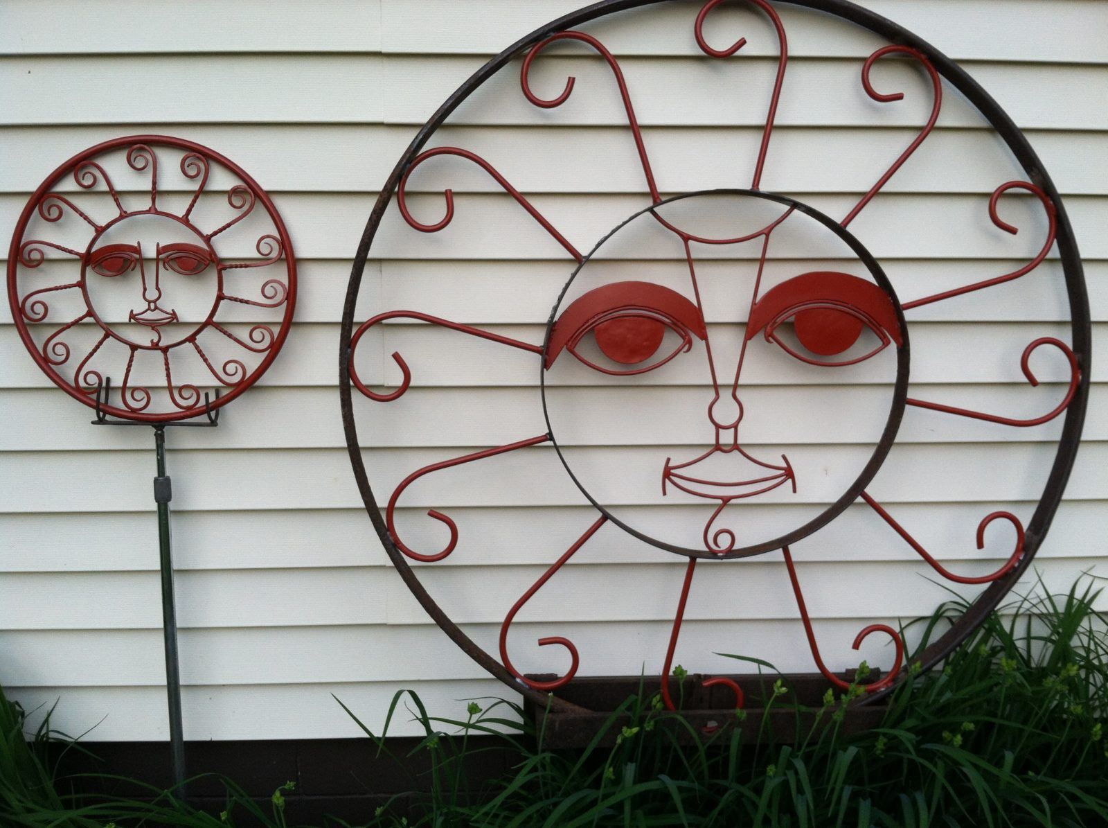Big Wagon Wheel Sun and Maquette Sculptures